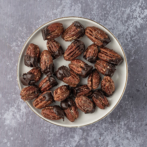 pecan nuts with chocolate